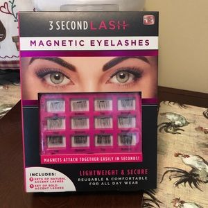🎊🎉NEW MAGNETIC LASHES KIT